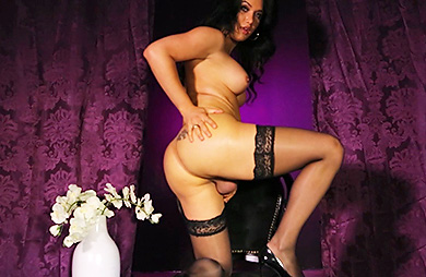 Bianka purple Attracting heavy dick Bianka stroking. Bianka Nascimento.